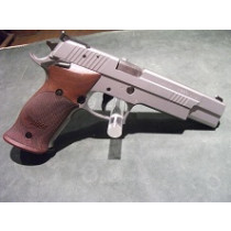 SigSauer P220S